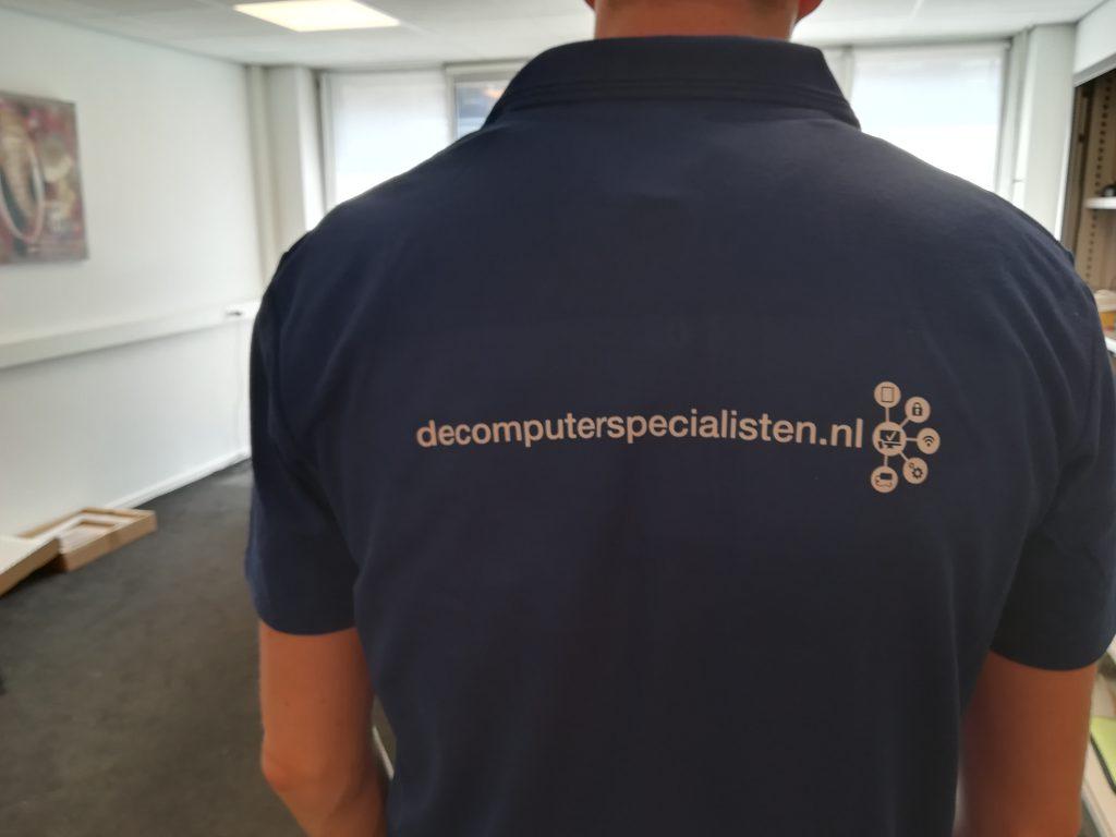 De computerspecialisten bedrijfskleding